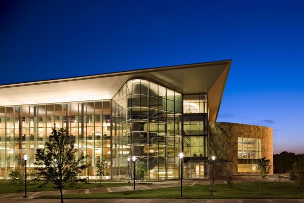 Morgan State University Earl S. Richardson Library